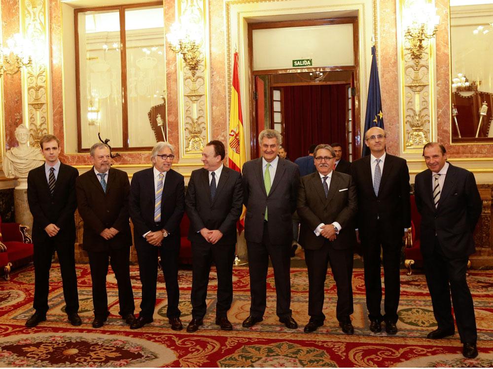Octavio López, junto a Jesús Posada, tras recibir la Medalla Oro de la Orden de las Cámaras de Comercio.